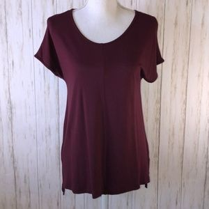 Worthington burgundy short top
